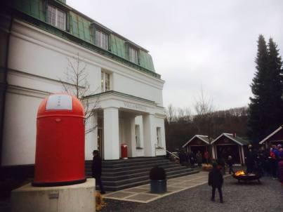 Das Sauerland zeichnet sich auch durch seine vielen Werksverkäufe aus, v.a. für Haushaltswaren, hier die Fa. WESCO in Arnsberg-Neheim, berühmt für ihre Push-Boys.
