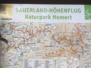 ... ist ein 250 km langer Wanderweg quer durchs Hochsauerland.