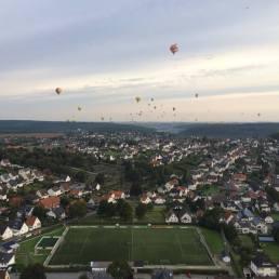 Veranstaltung für Ballonfahrer statt - die Warsteiner Montgolfiade. Sehr sehenswert.
